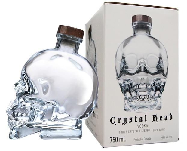 GLASS SKULL CRYSTAL HEAD VODKA