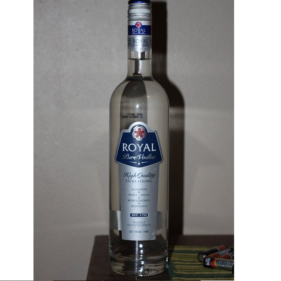 Royal Vodka 96 Alcohol 750ml Call A Drink 07661 73773